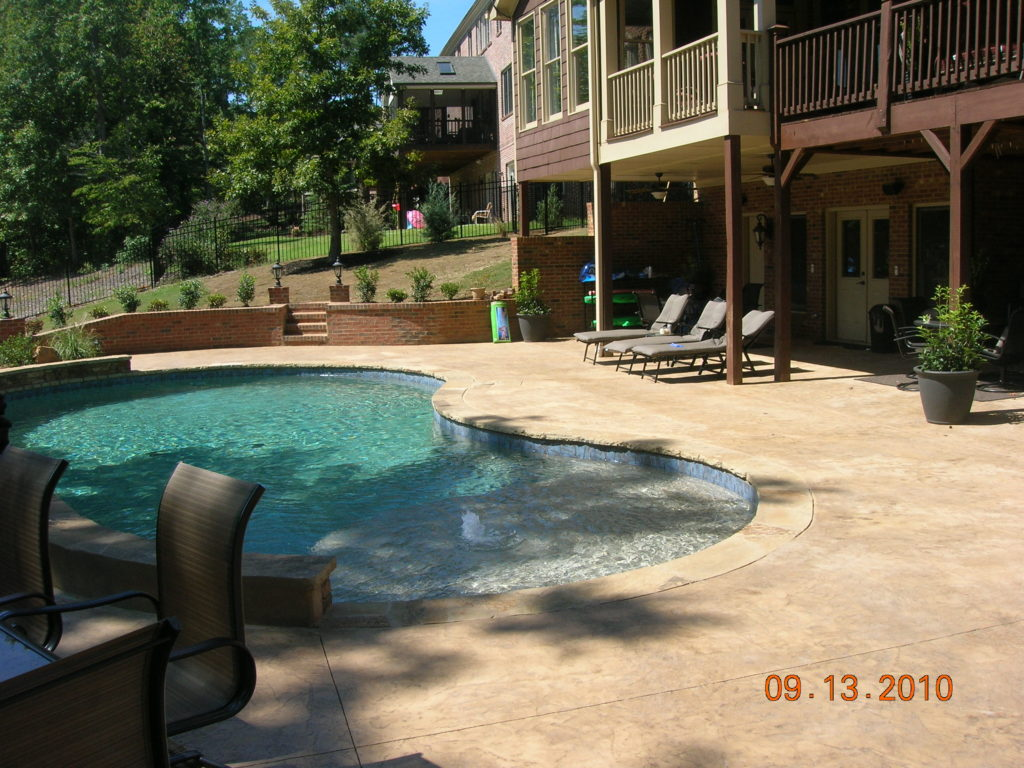 Pool deck with porch
